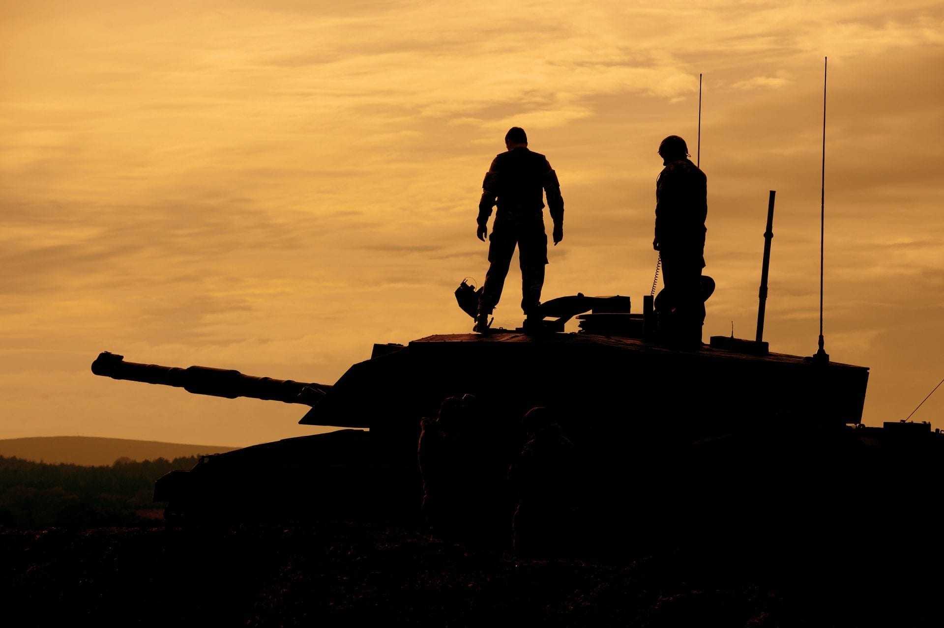 Reservist Soldiers on a Challenger 2 Tank
